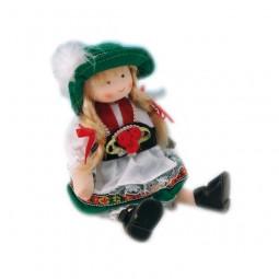 Bambola in costume tradizionale