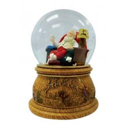 Sfera Babbo Natale sulla poltrona